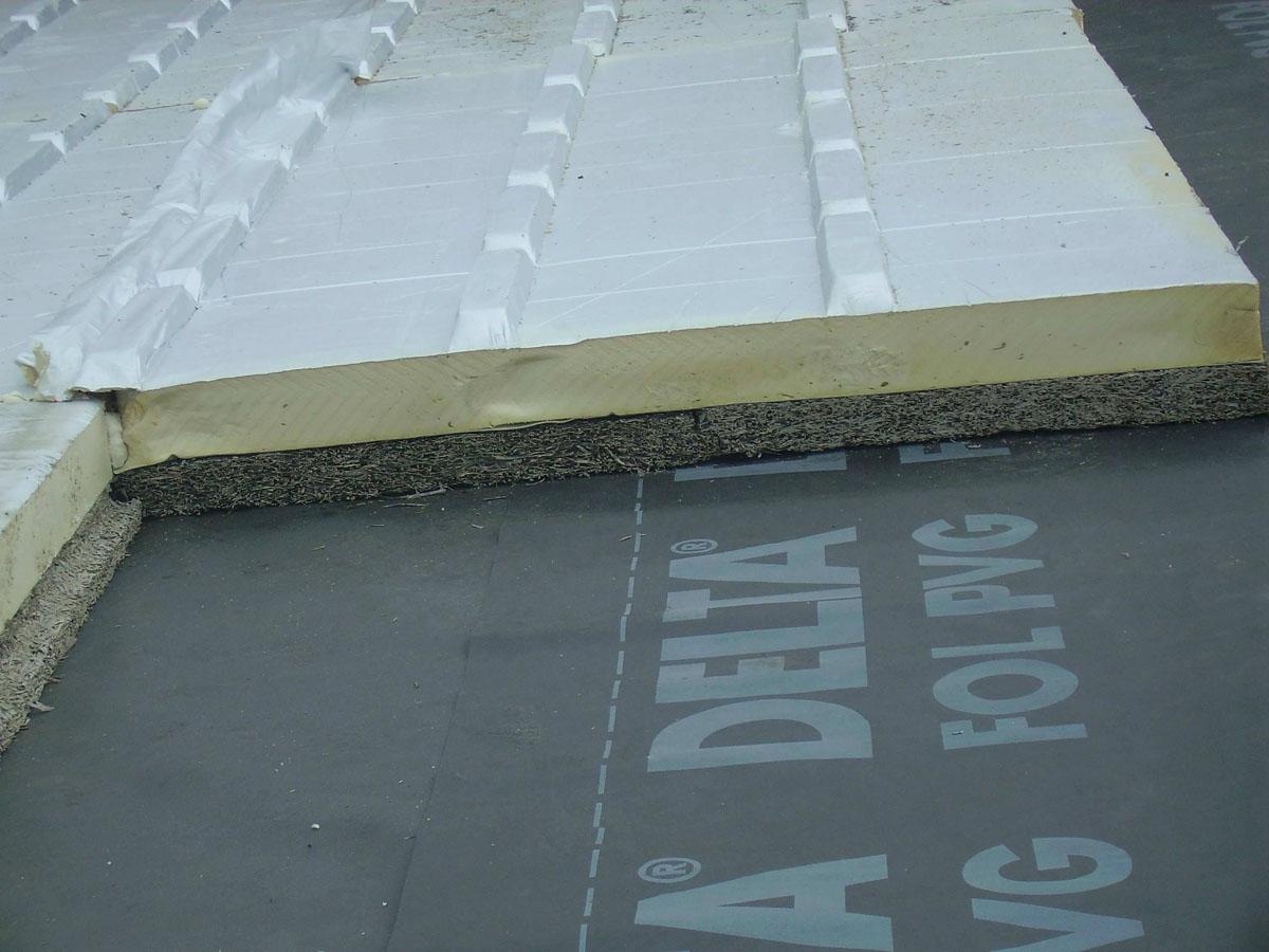 isolamento-tetti-pannelli-poliuretano-01
