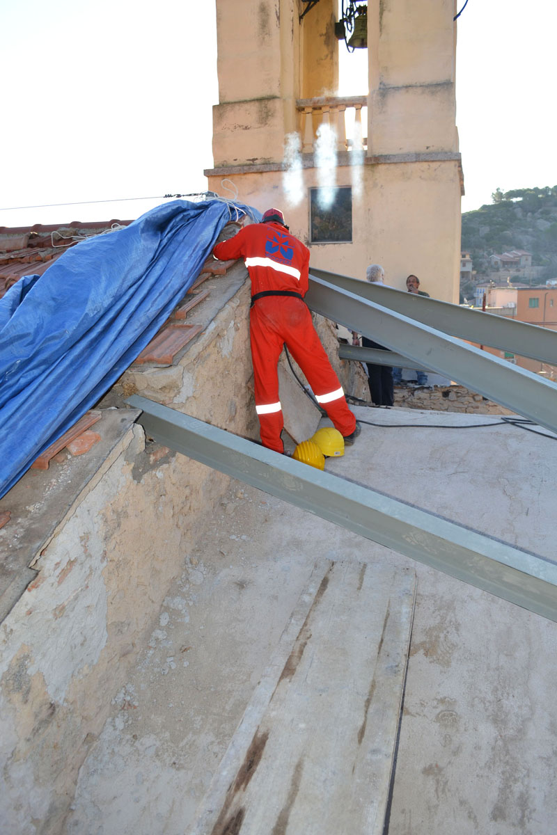 pannelli-isolanti-antisismici-per-tetti-02